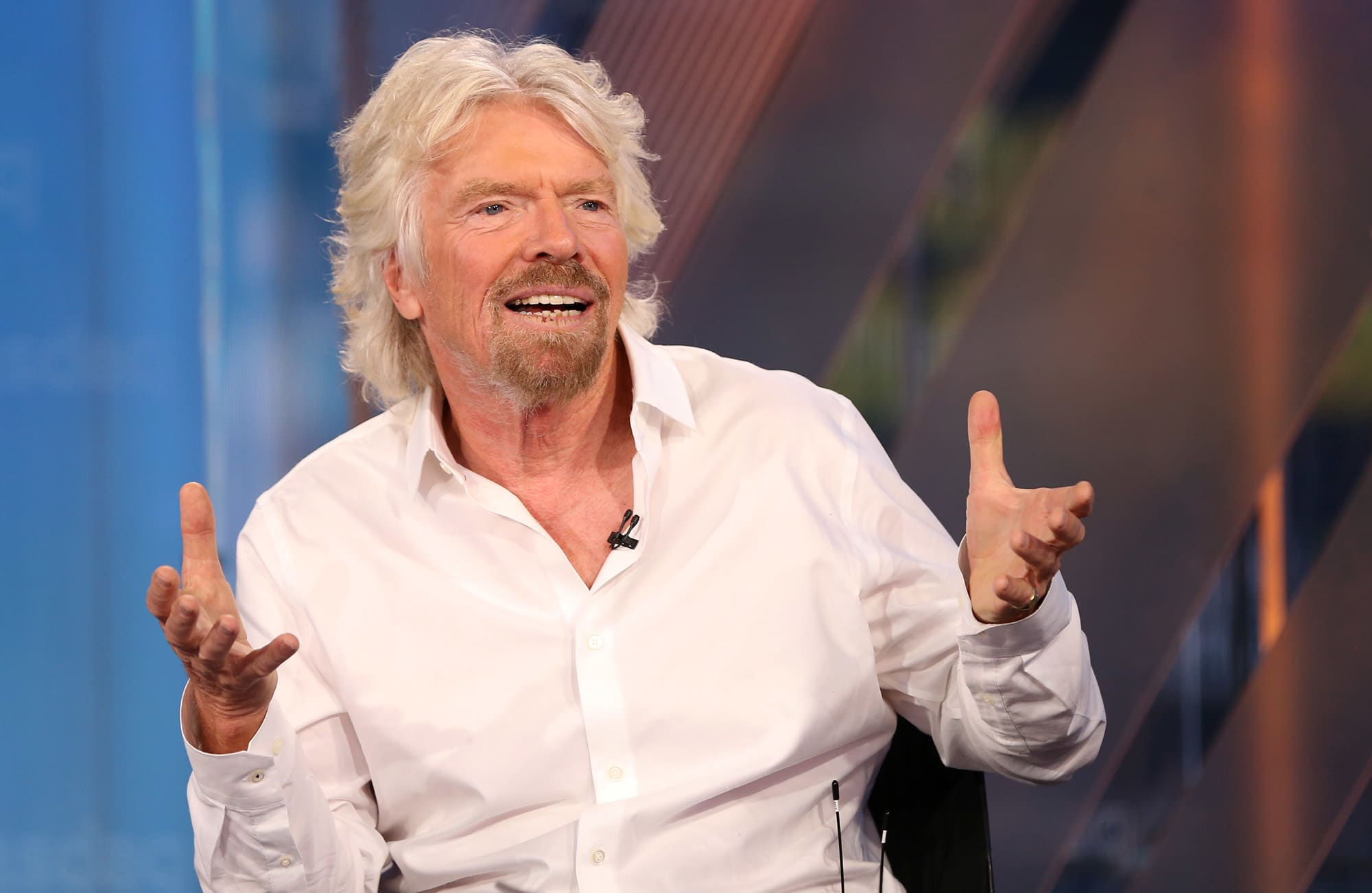 Billionaire Richard Branson: America should give out free cash to fix income inequality