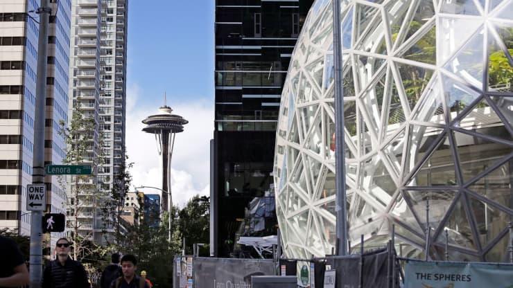 ONE TIME USE AP PHOTO: Amazon headquarters Seattle 171011