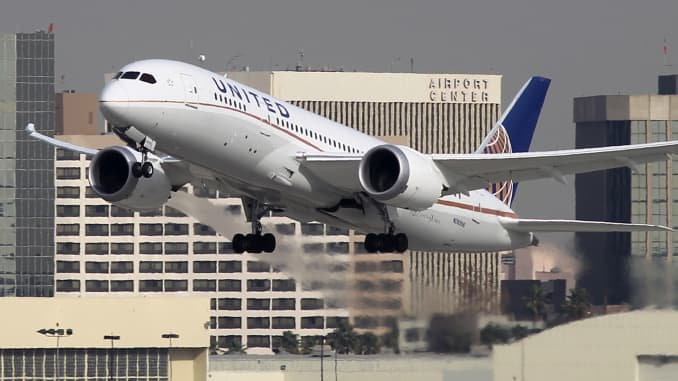 United deploys largest Dreamliners in fight for cross ... on world airline route map, ups flight route map, united boeing 744 seat map, air berlin route map, united 787-9, alaska airlines route map, dreamliner seat map, united international route map, boeing 757-200 seat map, united seating chart, jetblue route map, norwegian flights route map, 747-400 seat map, 787 seat map, path route map, lufthansa route map, lan route map, united 737-800 seat map, qatar air route map, delta route map,