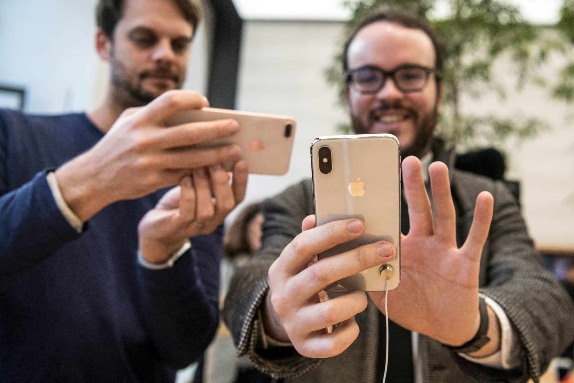 Apple supplier predicts strong consumer demand – and European chip stocks climb higher