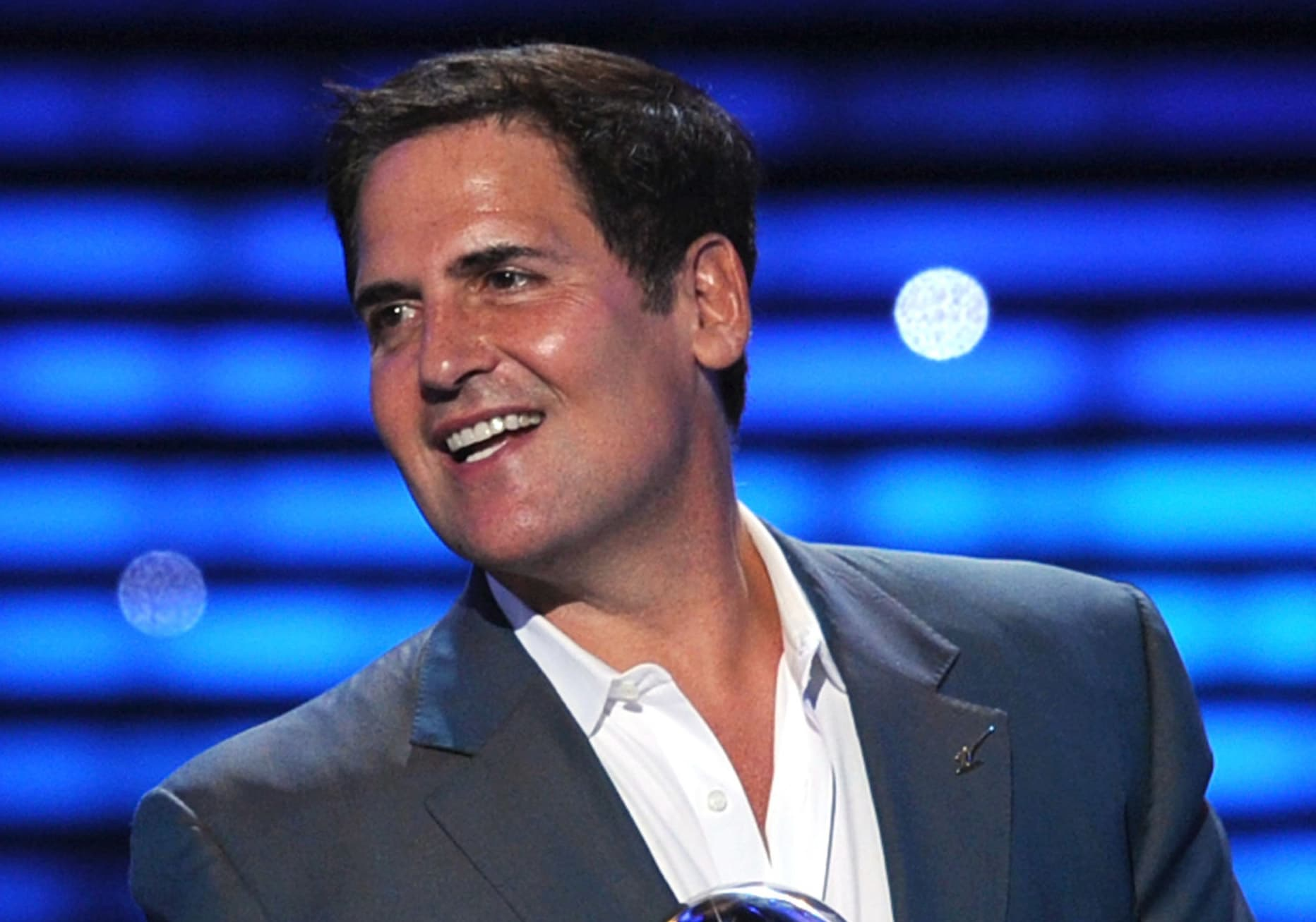 Mark Cuban says this $25-an-hour gig was his 'best job ever'