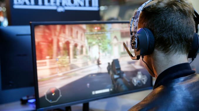 EA cites 'intense competition' in gaming, video game stocks tank