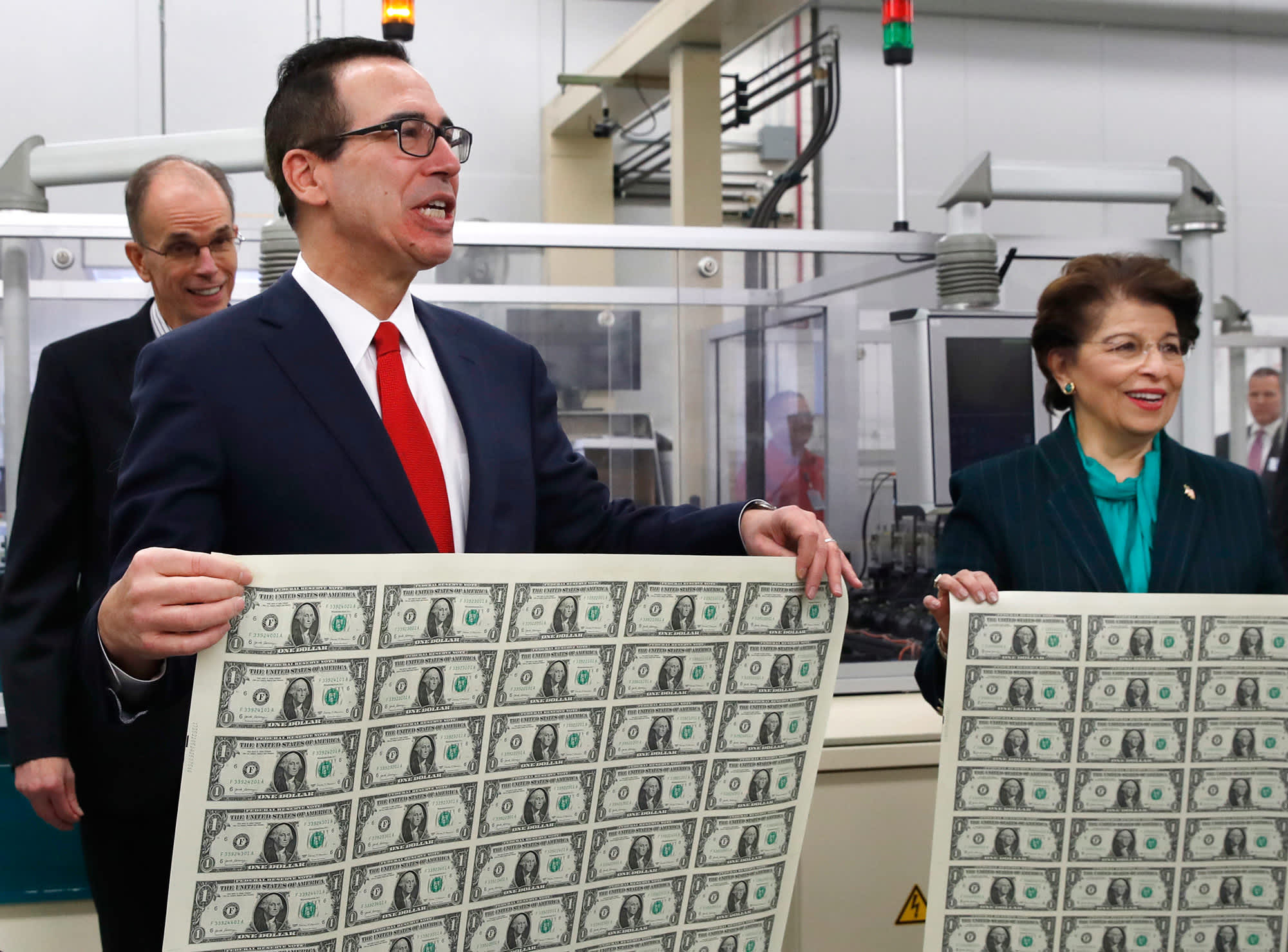 Treasury set to borrow nearly a trillion in 2018 and more beyond
