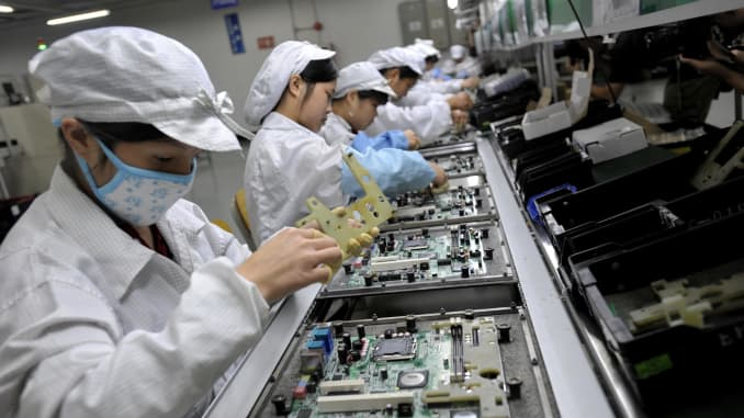 Foxconn to begin assembling top-end Apple iPhones in India