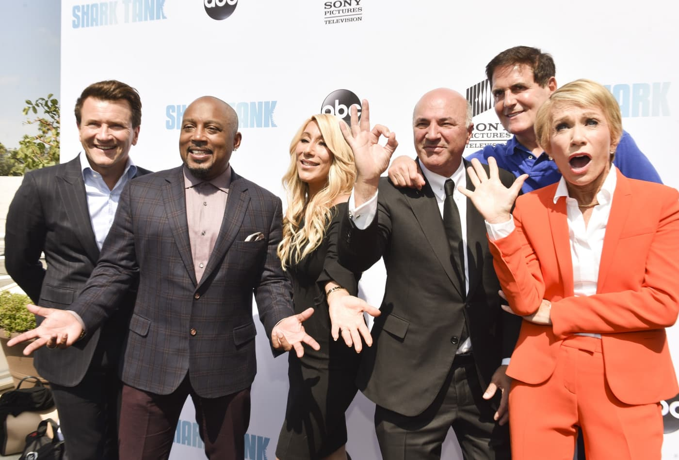 472a731e38 Sharks Robert Herjavec, Daymond John, Lori Greiner, Kevin O'Leary, Mark  Cuban, and Barbara Corcoran attend the premiere of ABC's 'Shark Tank'  Season 9 at ...