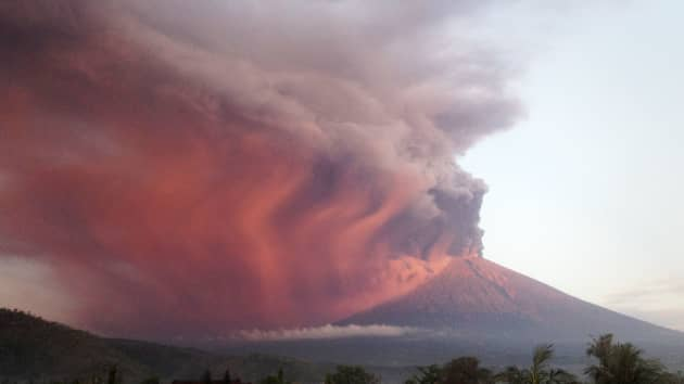 Images From The Bali Volcano Eruption