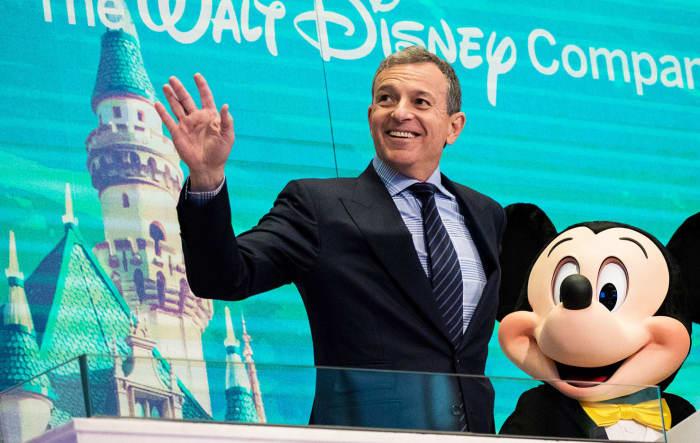 GS: Bob Iger Mickey Mouse NYSE Walt Disney Co. 171127-002