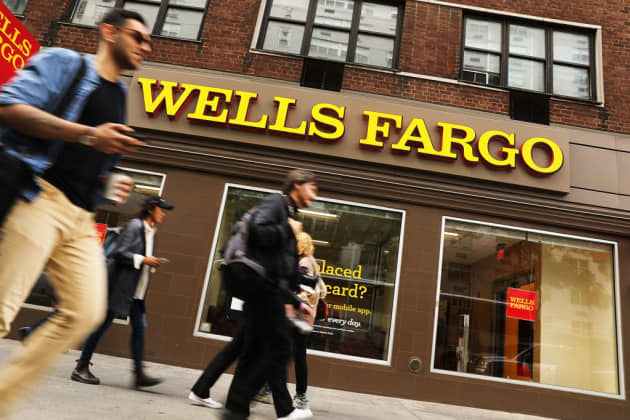 Wells Fargo Reports Outage On Mobile App And Online Banking