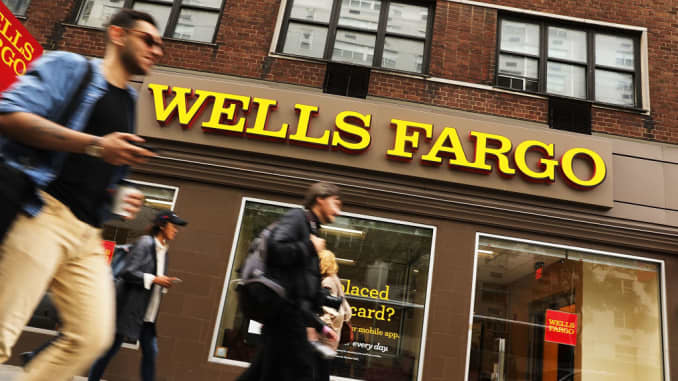 Scandal-plagued Wells Fargo gets ready to hear protests at