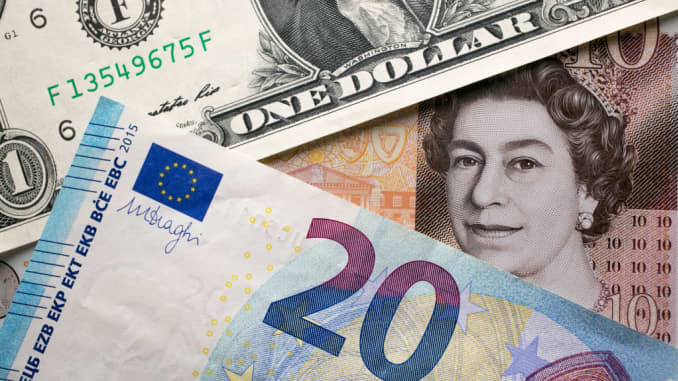 GP: Dollar pound euro 171205