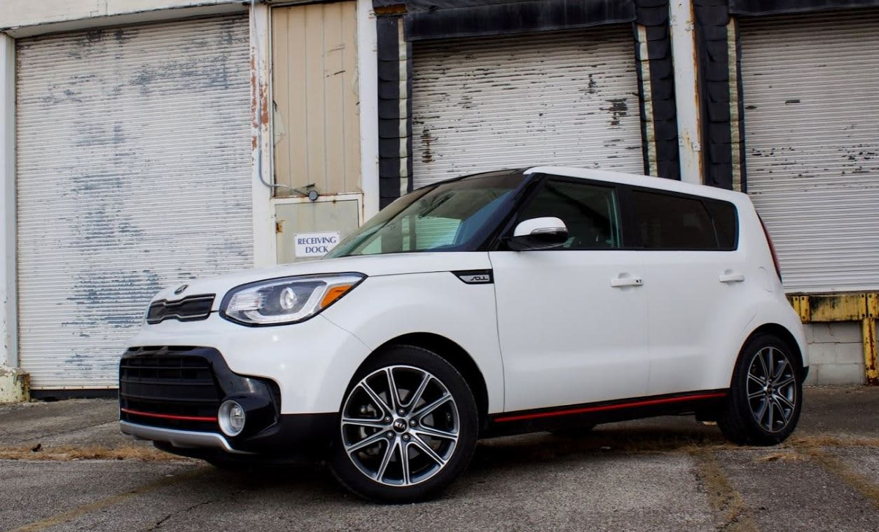 The 2017 Kia Soul Is Undeniably Weird But There S Still Room For Fun And Quirky Cars