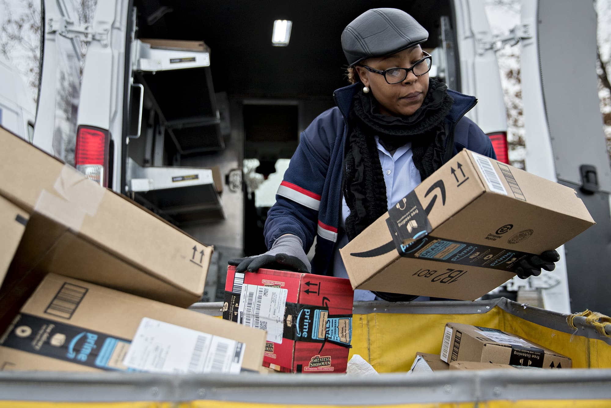 Trump reportedly pushed USPS to double Amazon's shipping rates