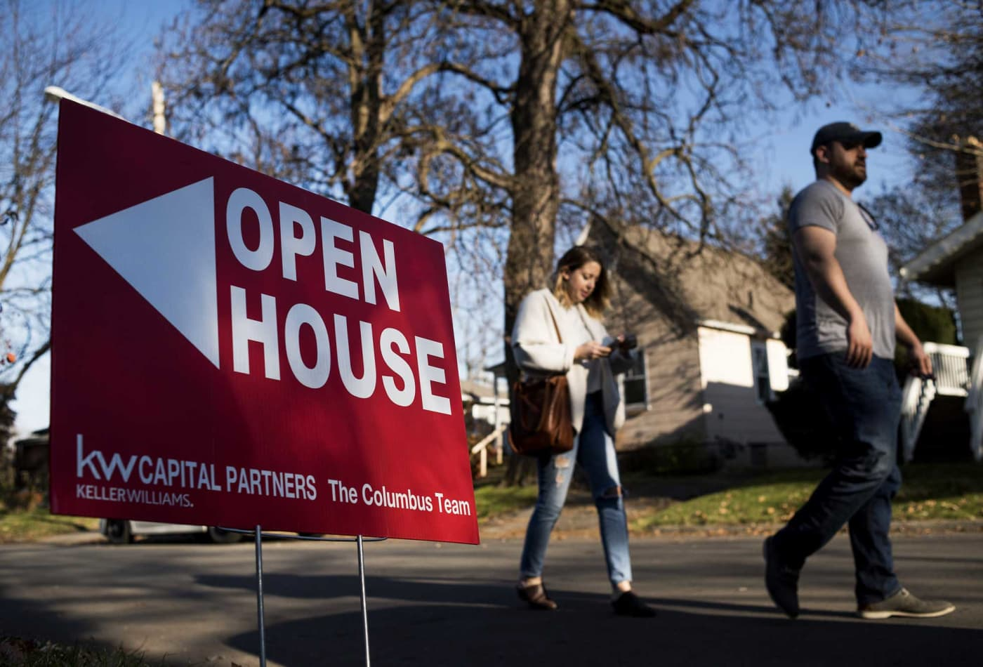 Mortgage application demand stalls as interest rates surge to highest level since July
