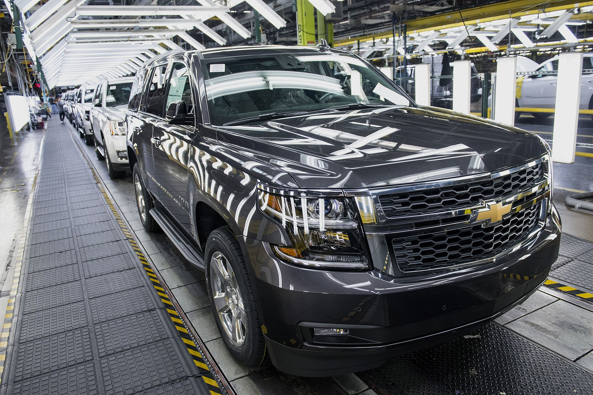 UAW officials want GM to close SUV plant in Texas due to coronavirus