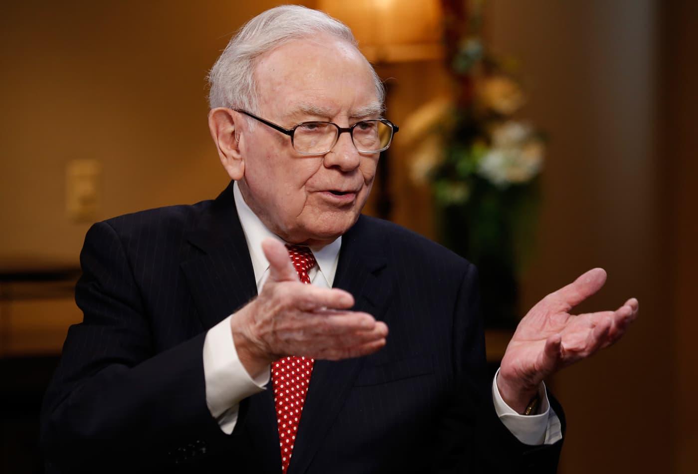 Warren Buffett and Mark Cuban agree: Avoid debt at all costs