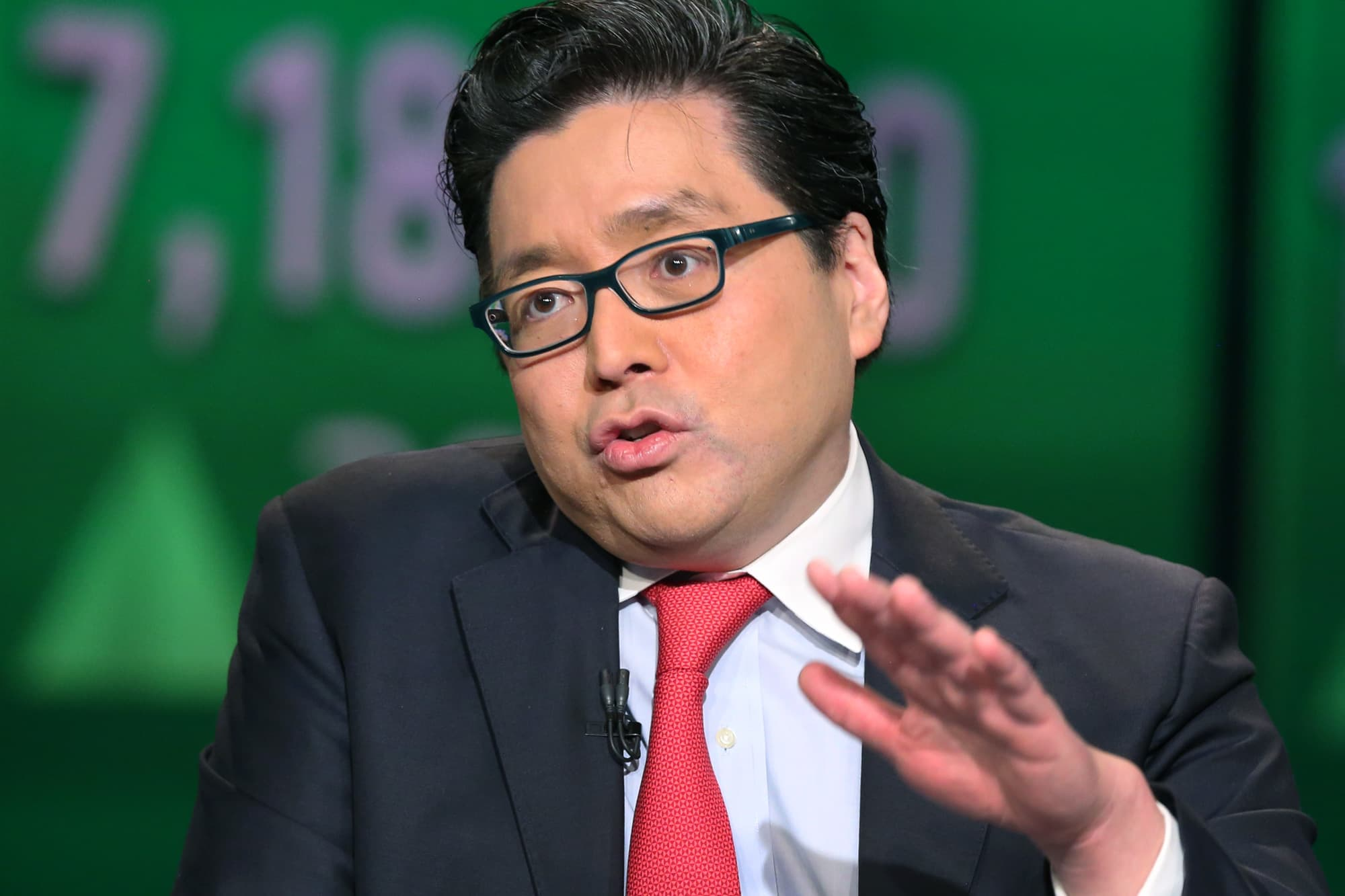 'Bitcoin is easily going to take out its all-time highs': Fundstrat's Tom Lee