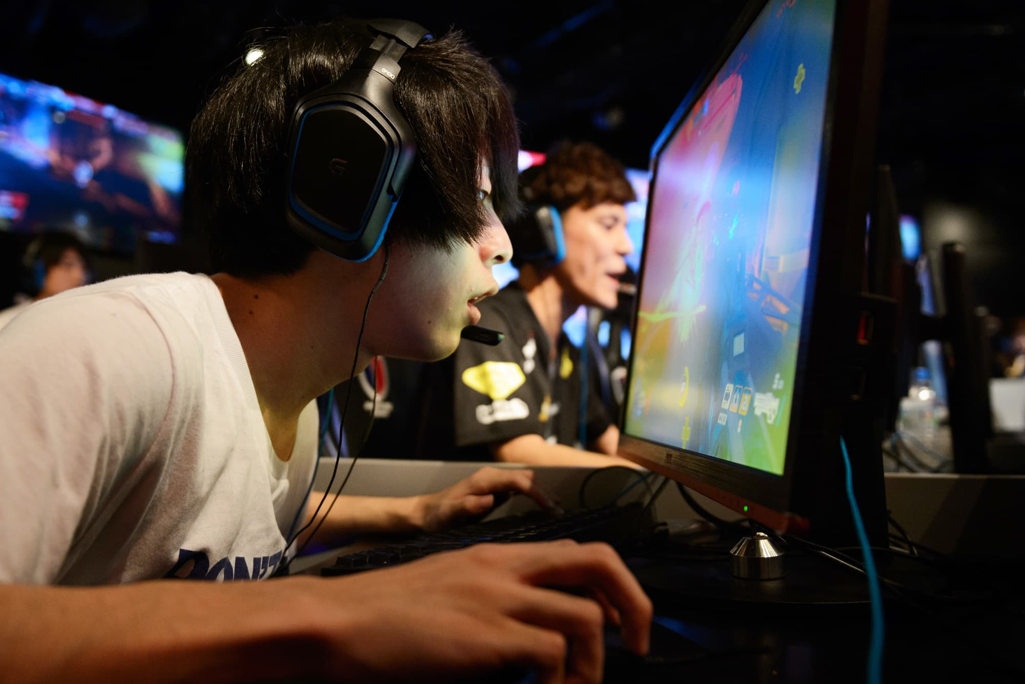 The Games Private Industry Plays With >> Video Game Industry Is Booming With Continued Revenue