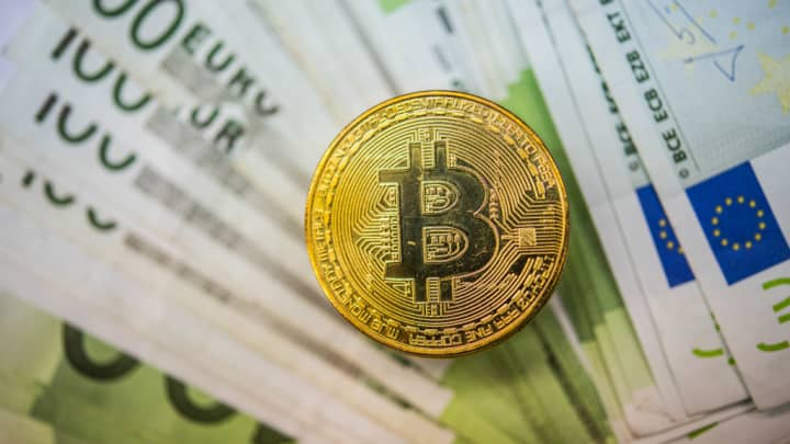 EU regulators: Cryptocurrencies like bitcoin 'highly risky'