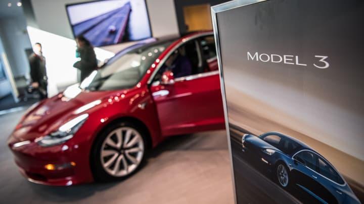 Tesla's Autopilot was engaged during Utah crash