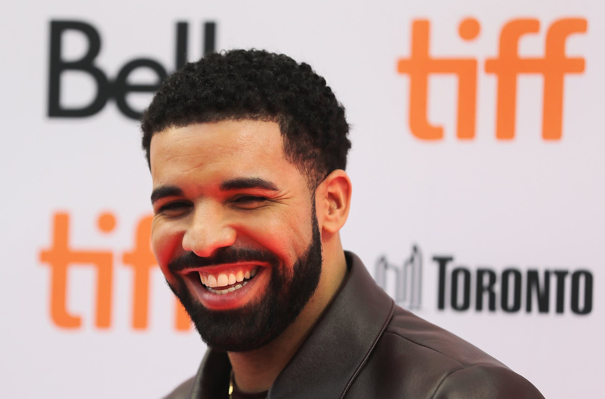 Drake gave away entire $1 million budget for God's Plan video