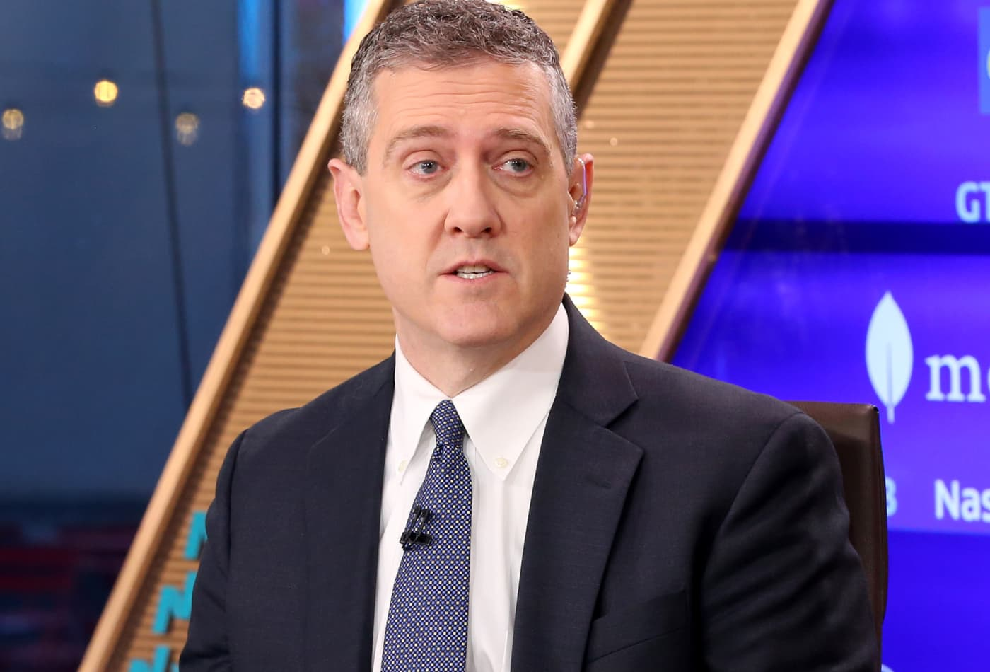 Fed's Bullard says US economy not in 'free fall' despite 32% unemployment projection