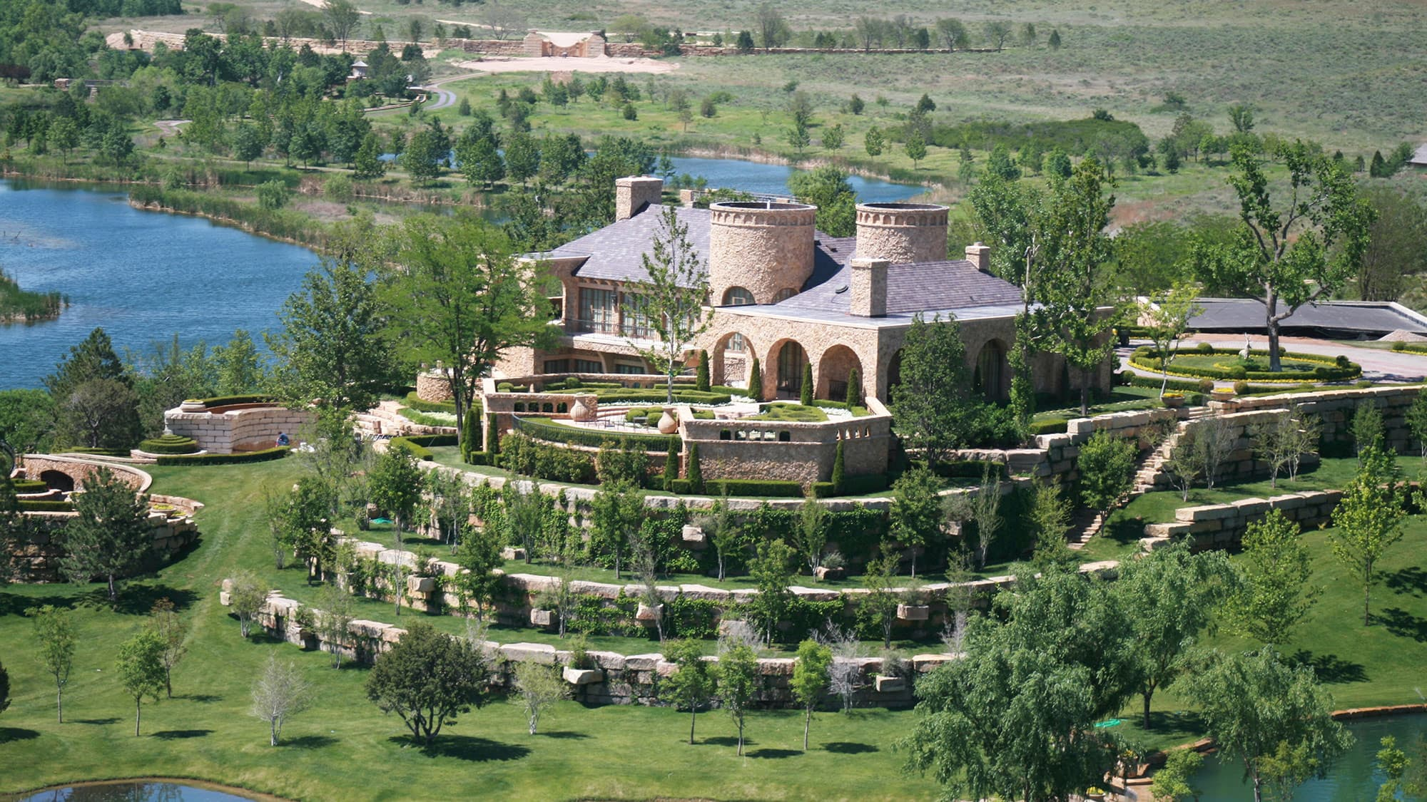 For sale: Boone Pickens' $250 million ranch  Take a look inside
