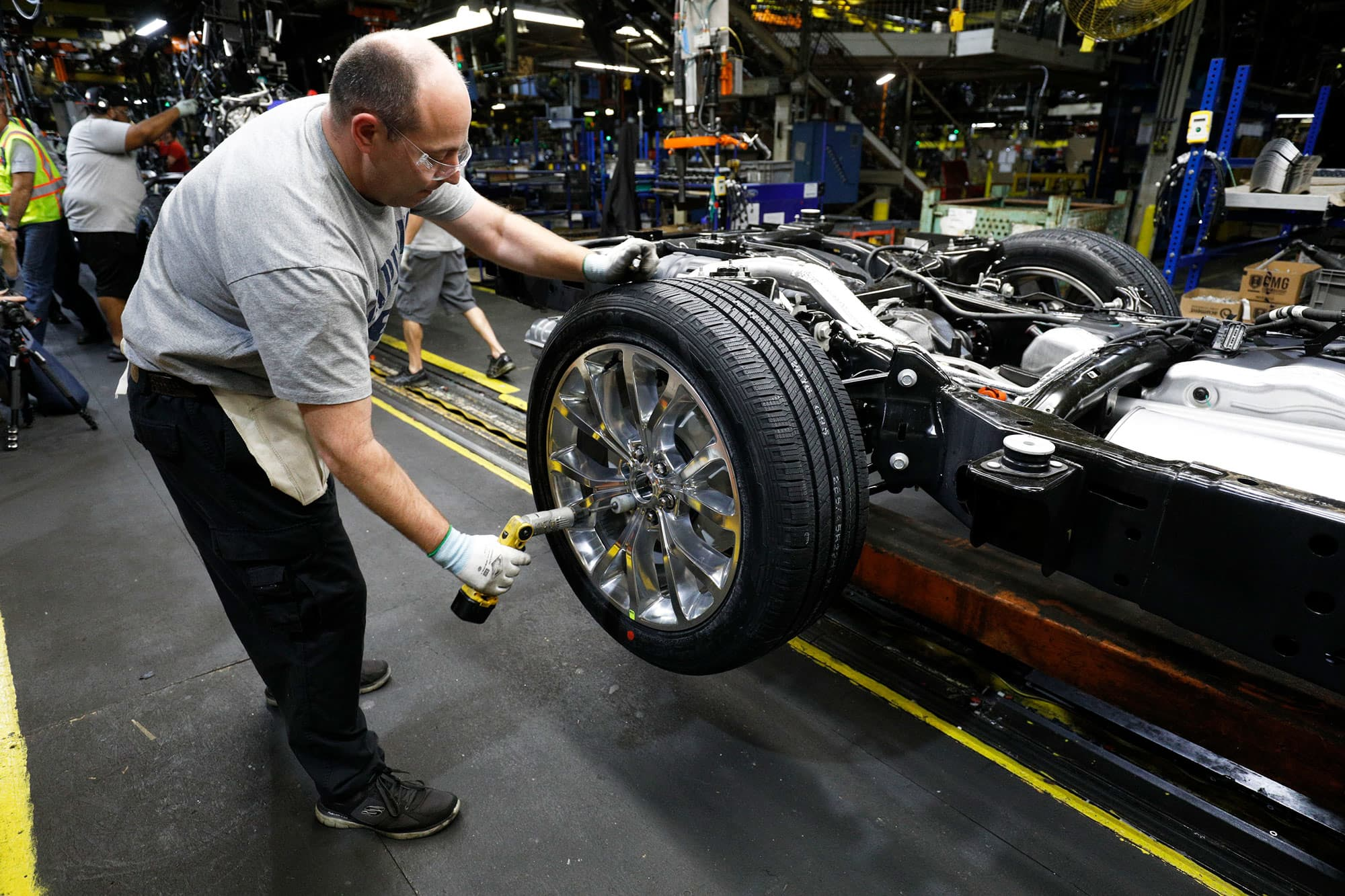 Ford plans to restart production at 'key' auto plants in April