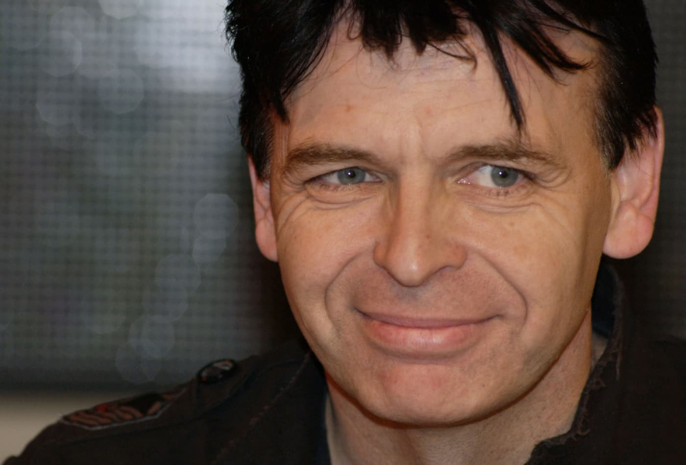 Musician Gary Numan Blew 6 Million And Then Paid Off 650 000 Of Debt