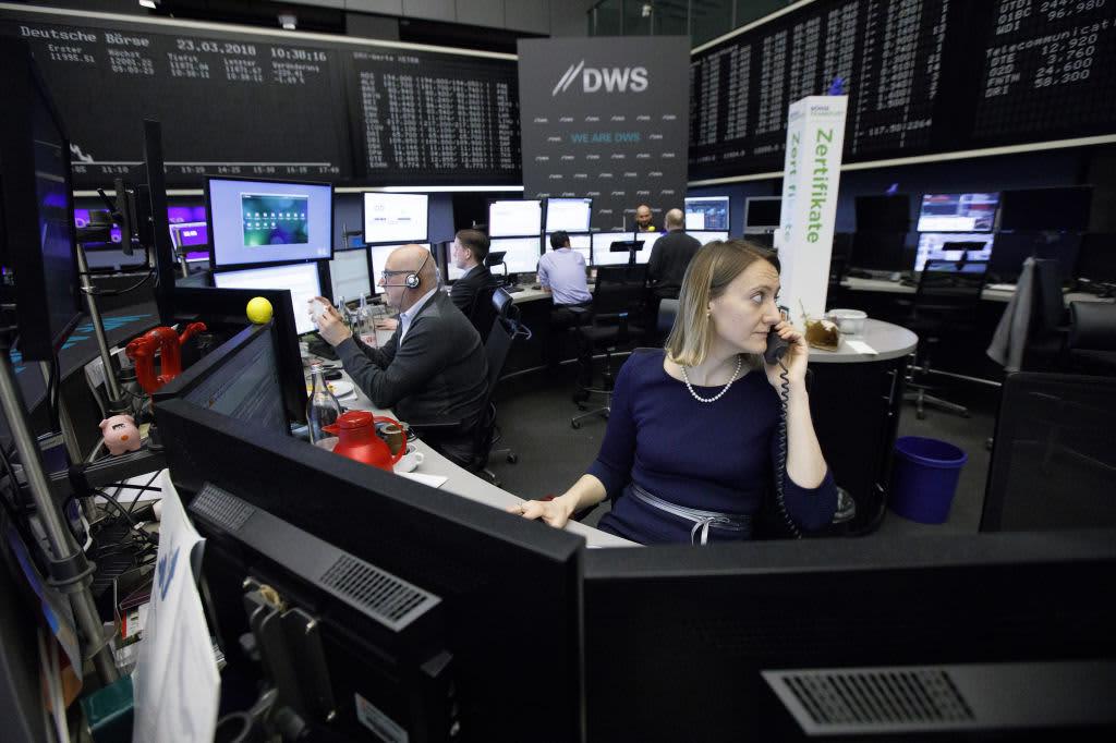 European stocks slightly lower, bucking positive trend in Asia