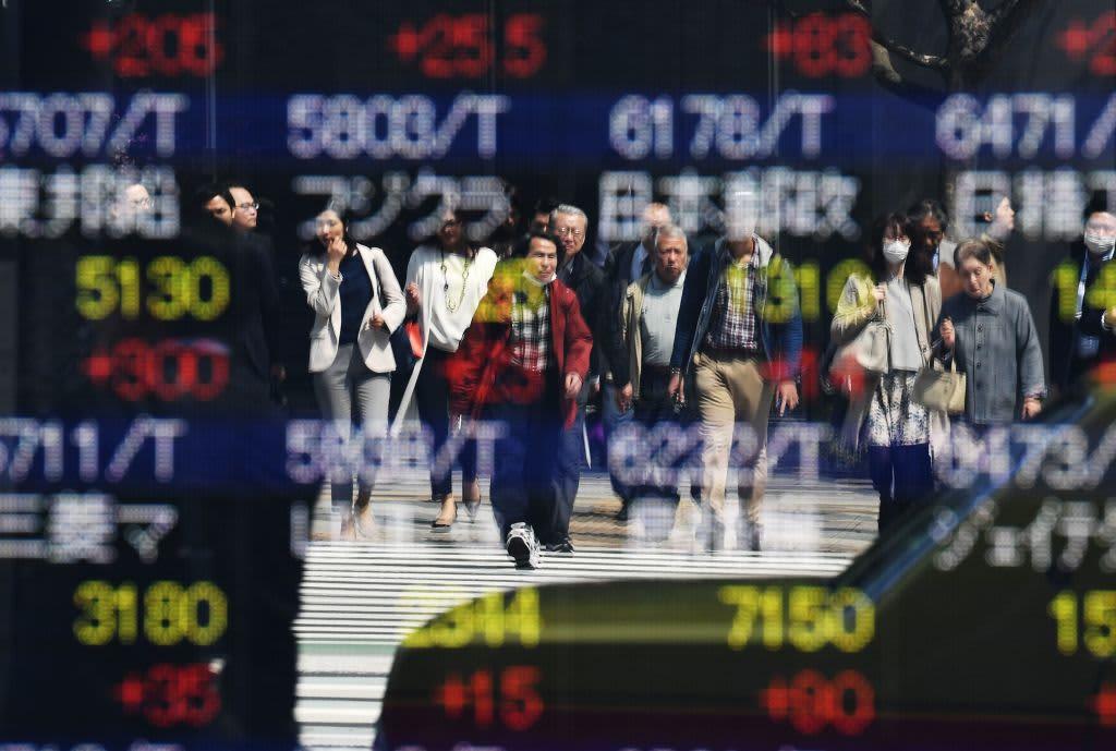 Japan's Nikkei 225 falls 2.2% after U.S. stocks decline overnight