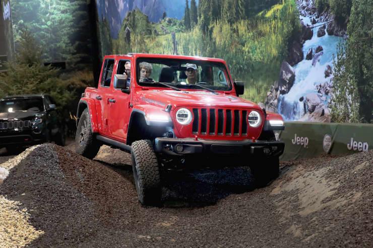 Subs: Jeep Wrangler Rubicon at Chicago Auto Show 180208
