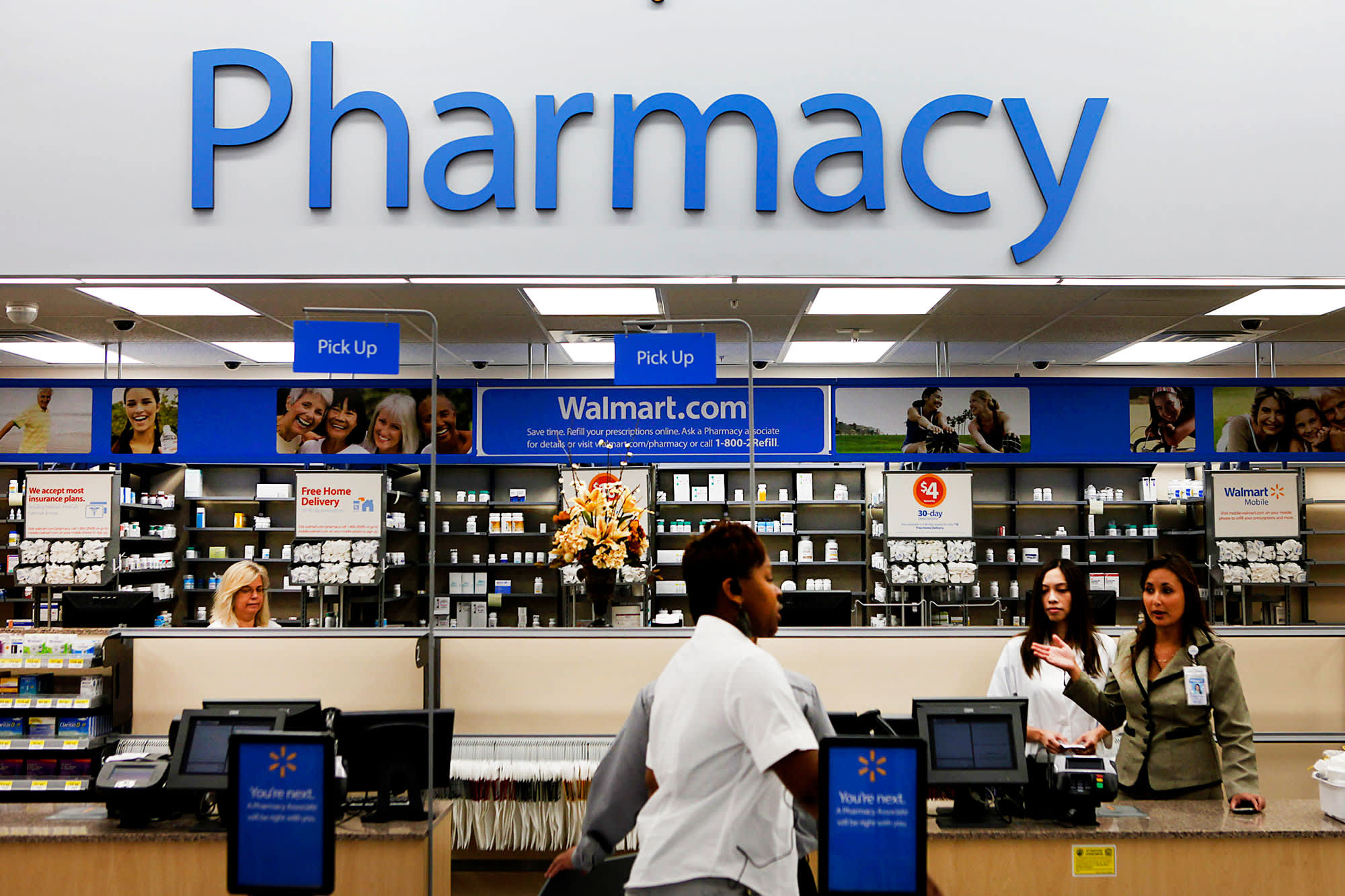 Walmart, Anthem partner for seniors to buy OTC medicines