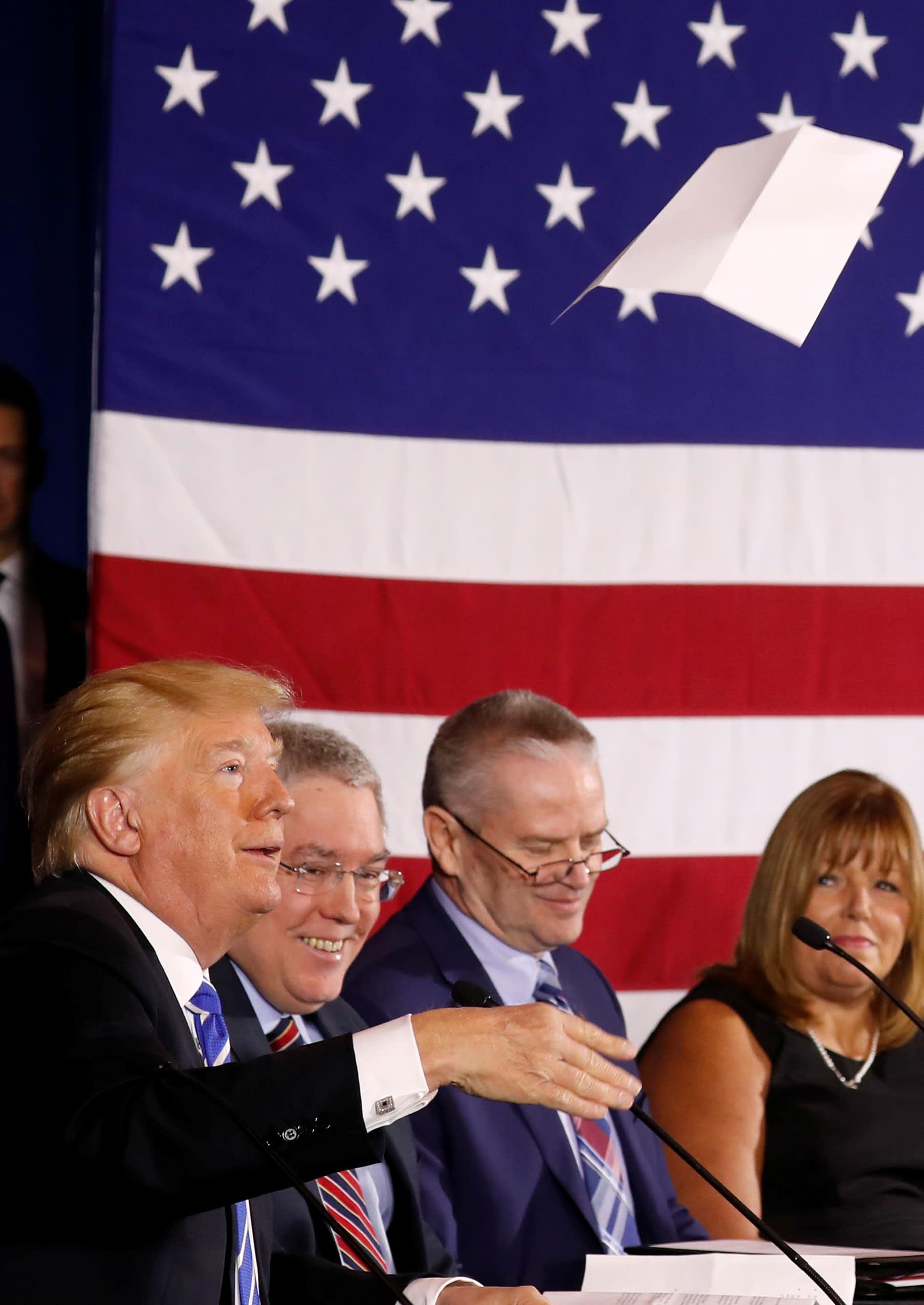 RT: Donald Trump throws paper 180405