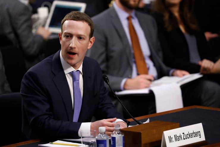 RT: Facebook Privacy Scandal: Mark Zuckerberg testifying 180410-009
