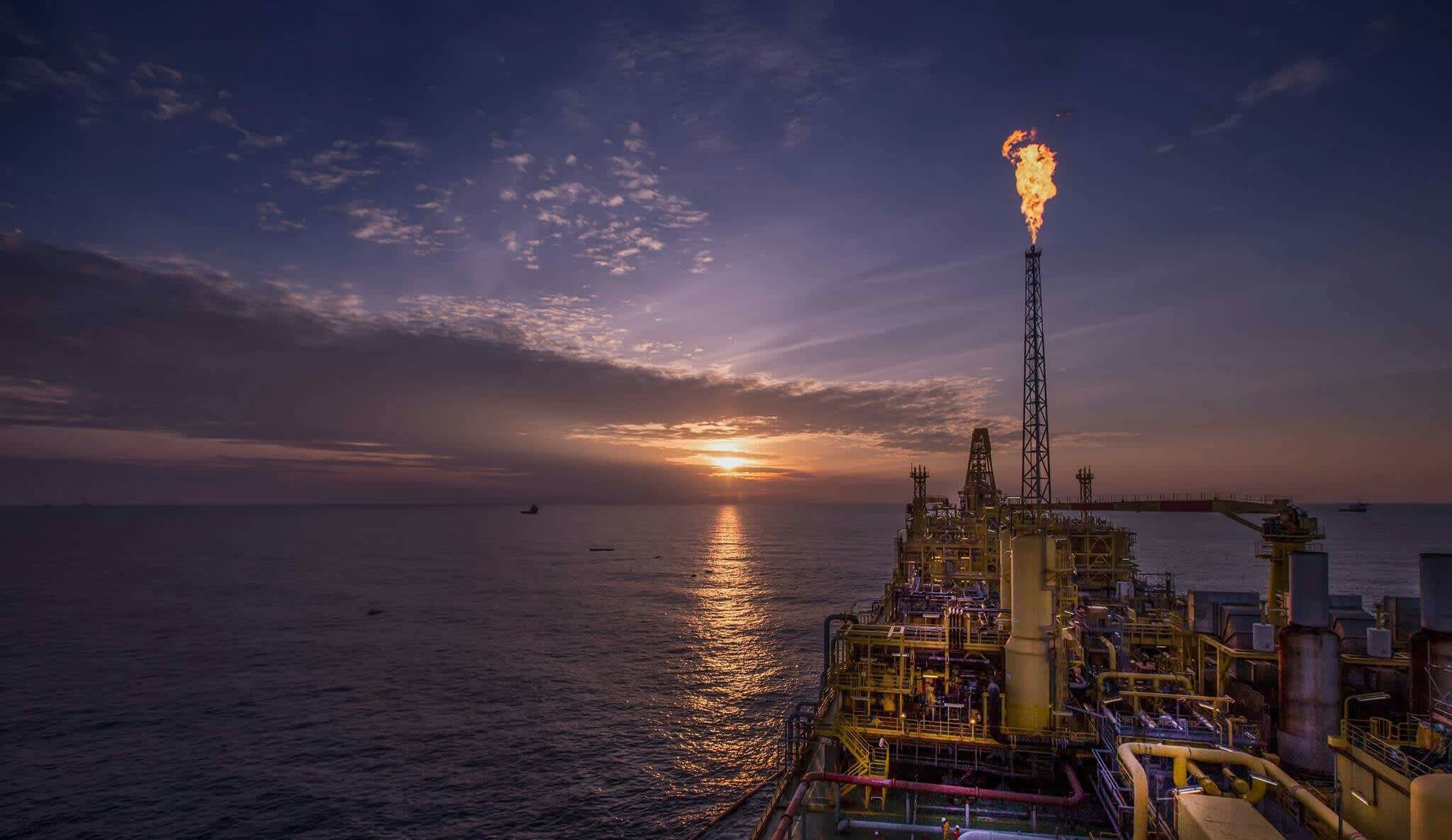Here's why the Strait of Hormuz is the world's most important oil chokepoint