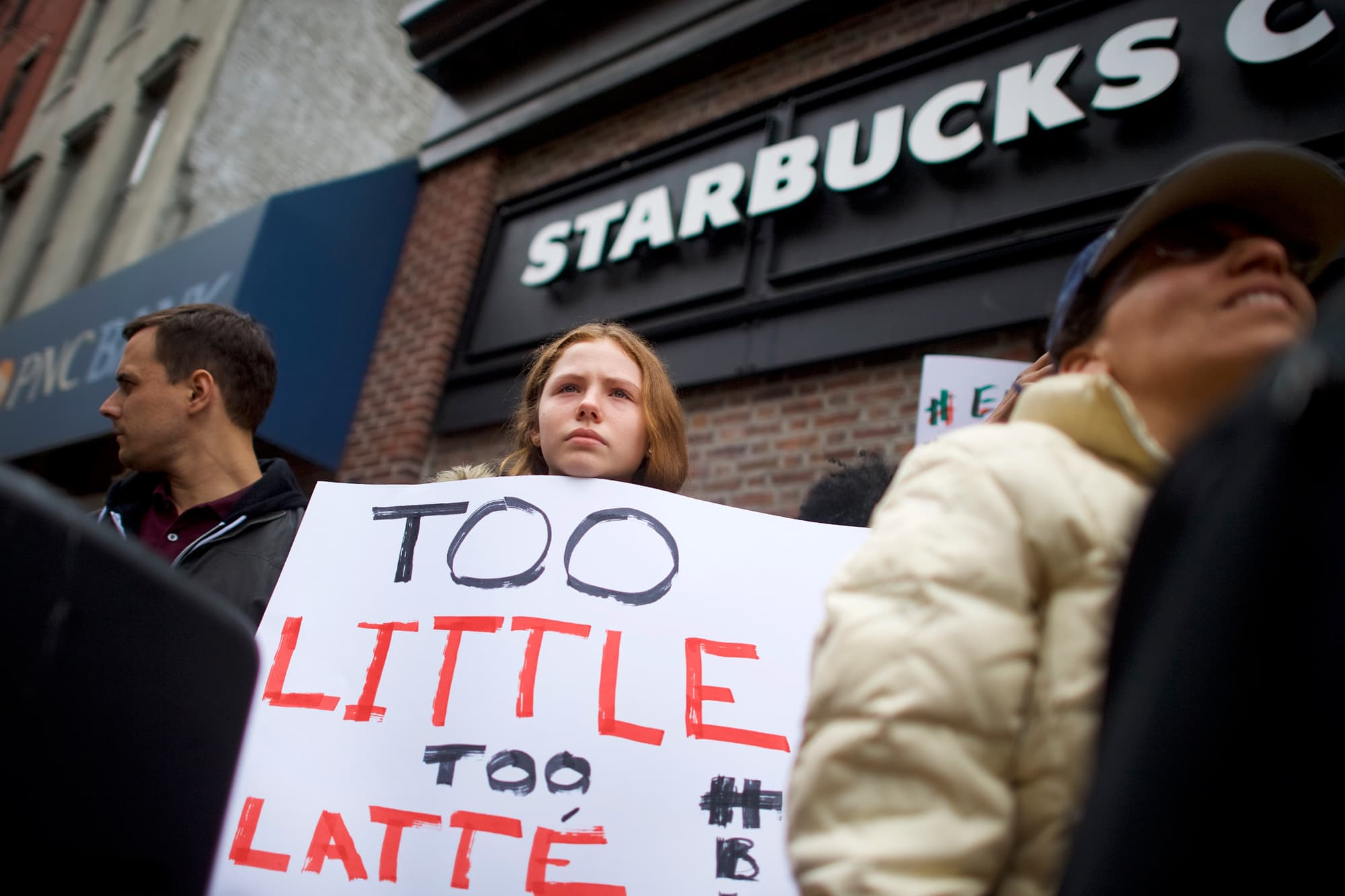 Starbucks closes 8,000 stores for racial bias training