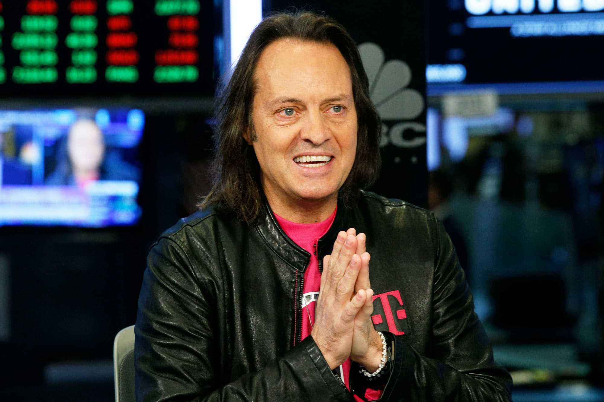John Legere to step down as T-Mobile CEO next year