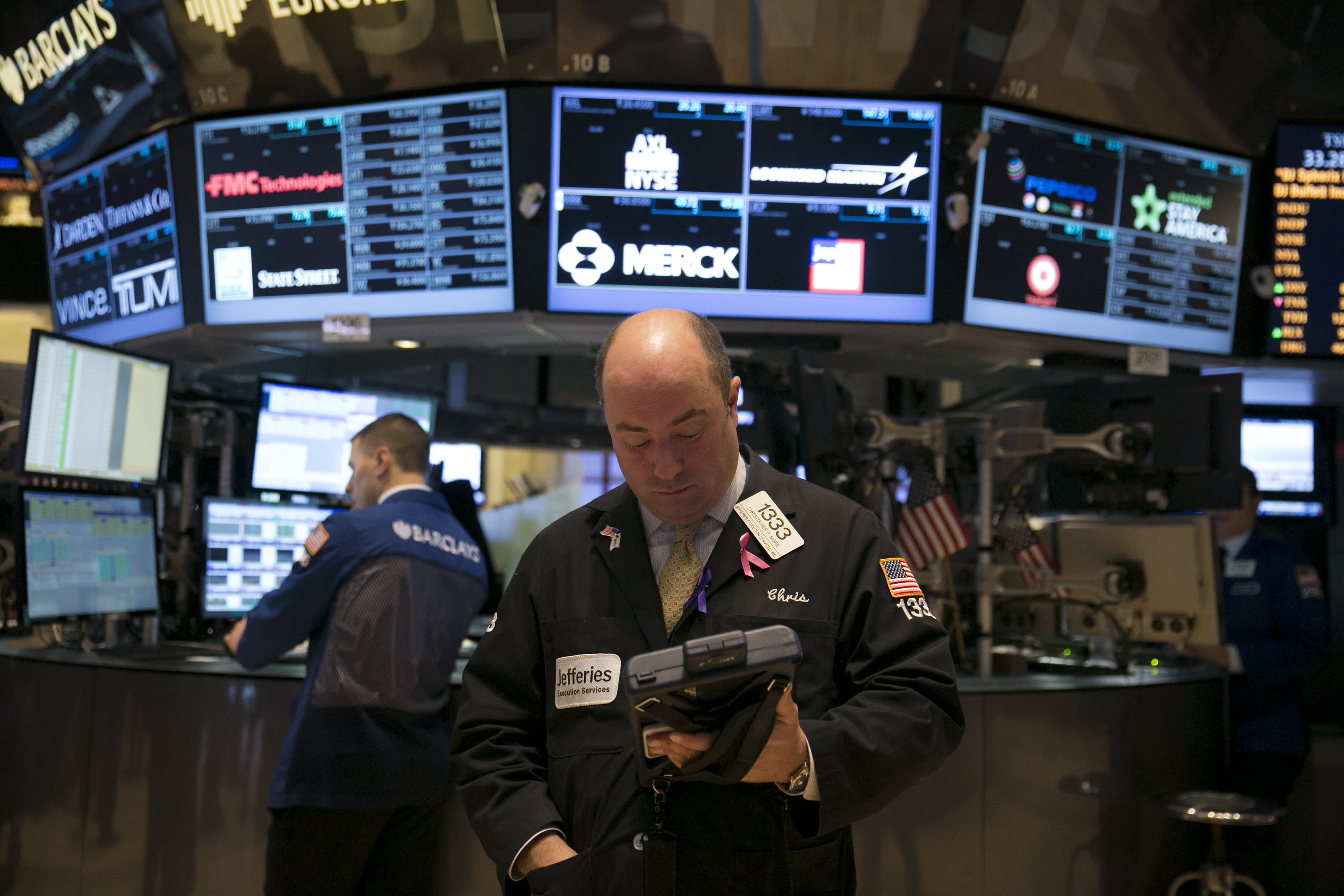 2-year Treasury yield hits 2008 highs as Gundlach watches