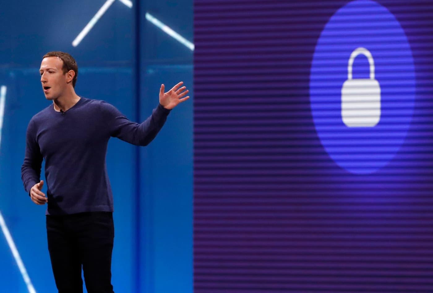 Facebook denies building eye-tracking software