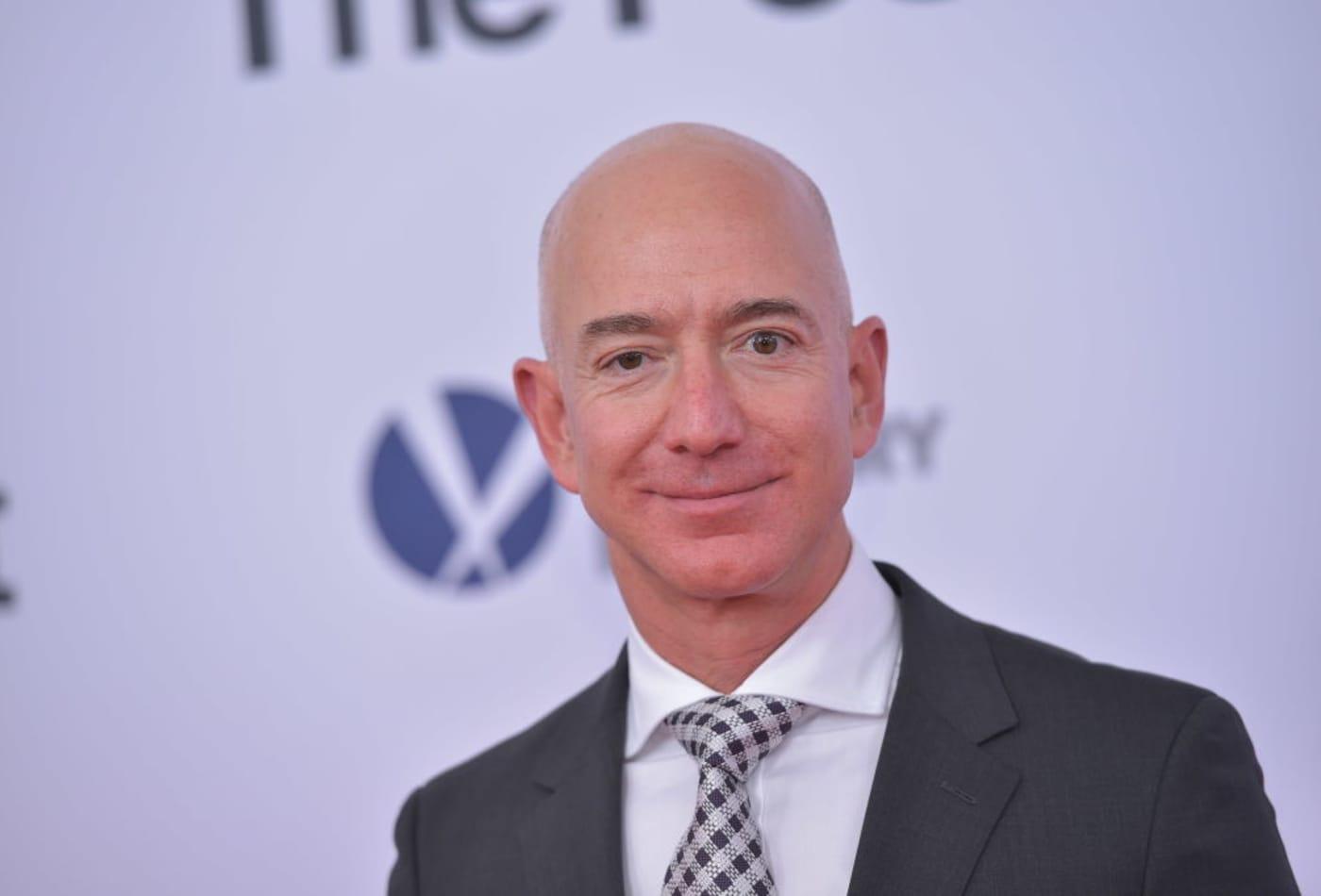 The inspiring quote Amazon CEO Jeff Bezos keeps on his fridge