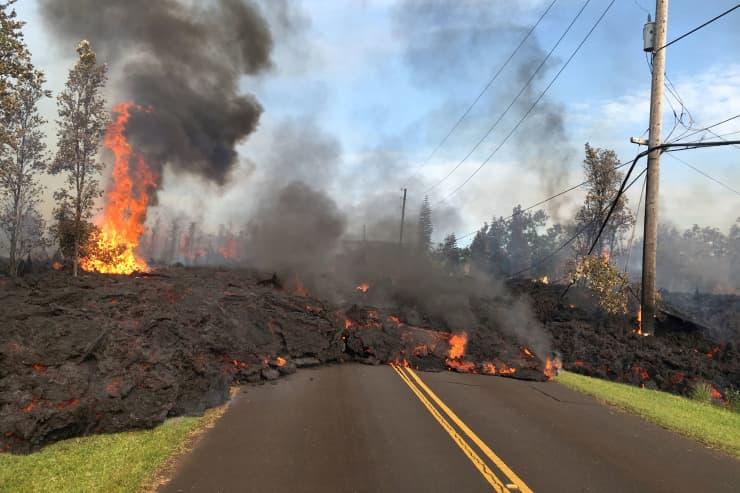 RT: Hawaii Kilauea Volcano lava on street 180505