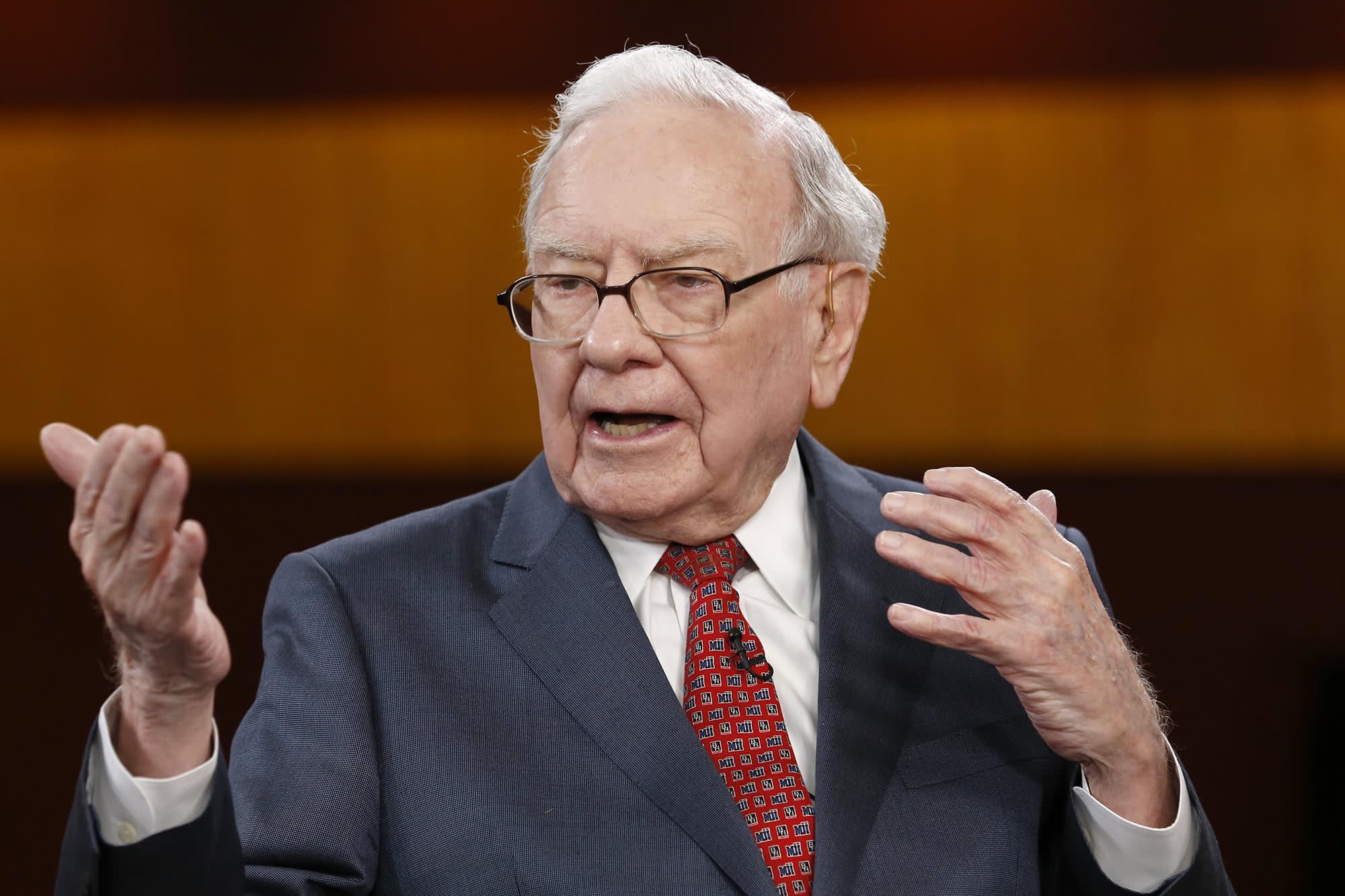 Warren Buffett says 'never bet against America' in letter trumpeting Berkshire's U.S.-based assets