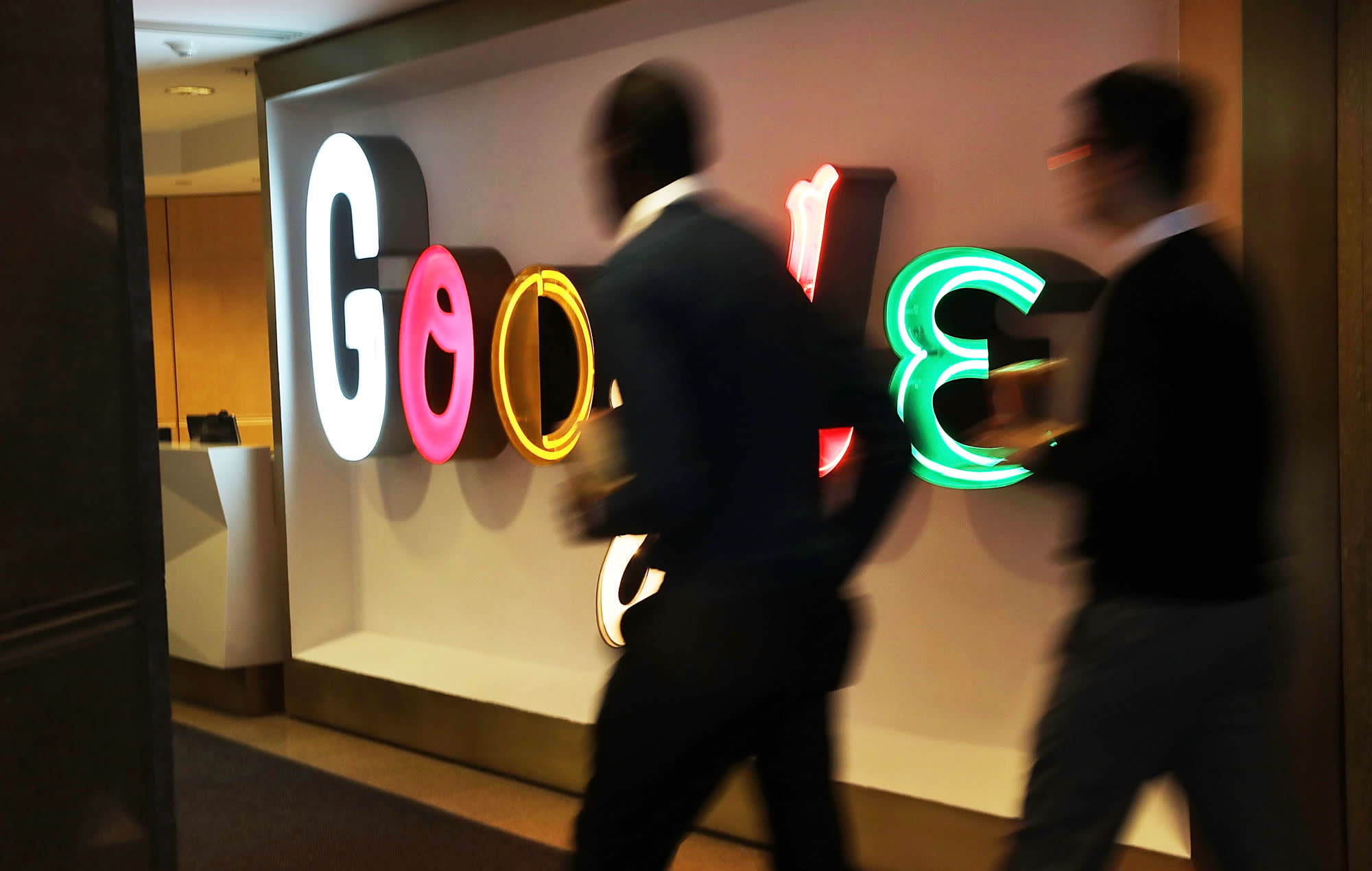 Google restricts travel as coronavirus outbreak spreads and employee in Switzerland tests positive - CNBC