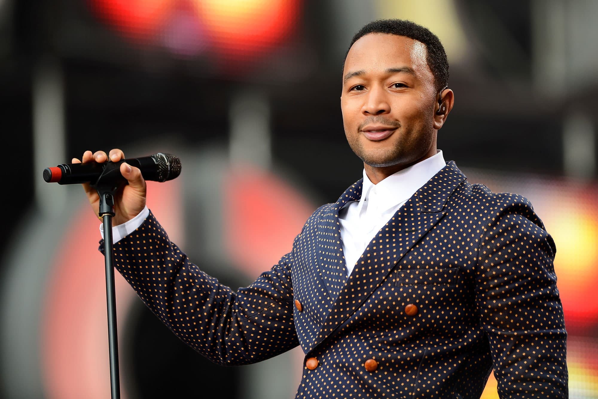Google Assistant adds John Legend as one of six new voices