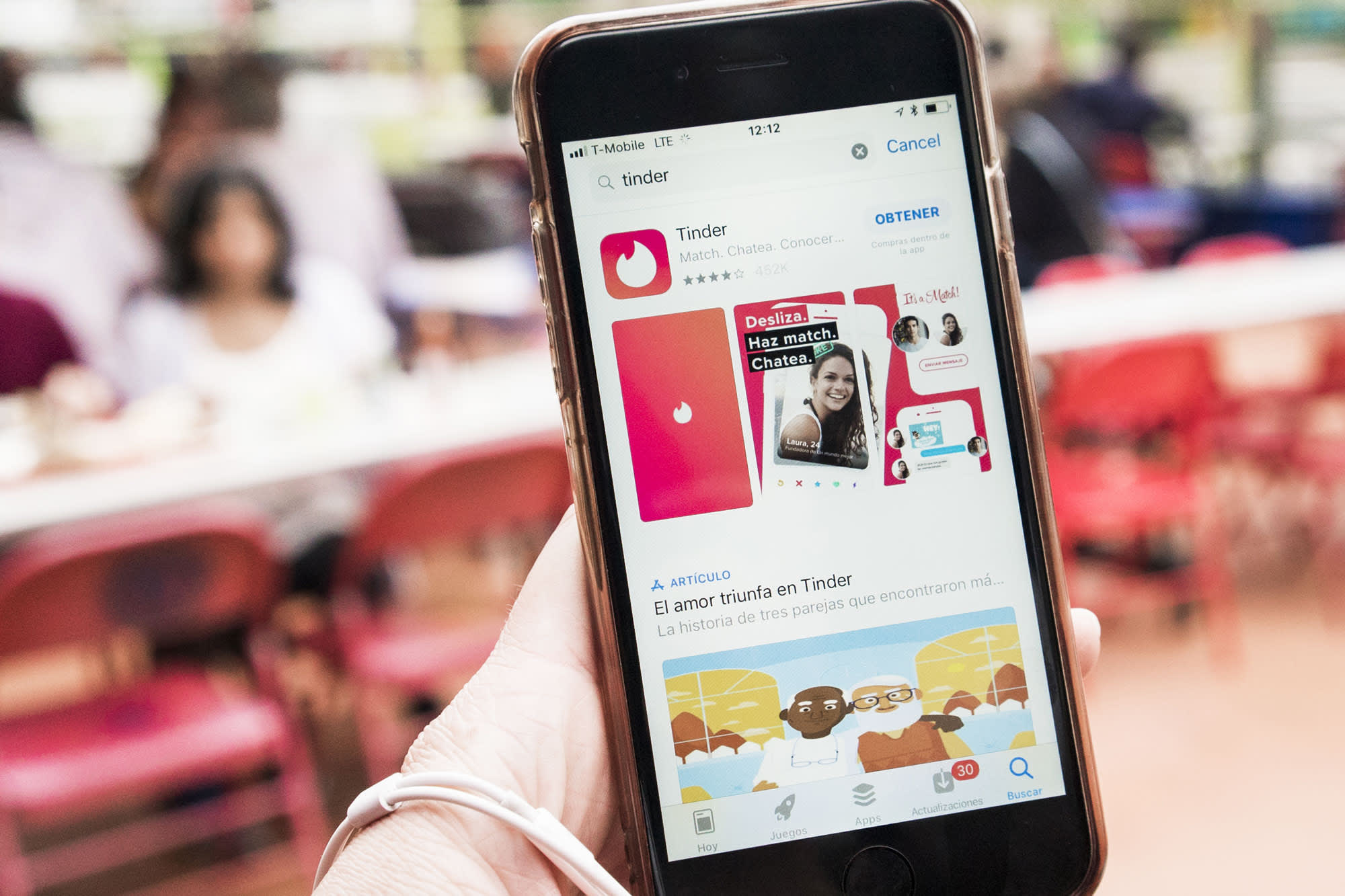 Harvard study finds people who use dating apps such as Tinder are more likely to have eating disorders