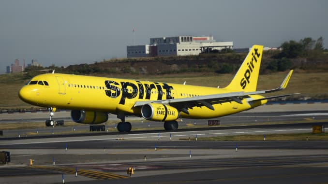 Unknown 'dirty socks' odor diverts Spirit Airlines flight
