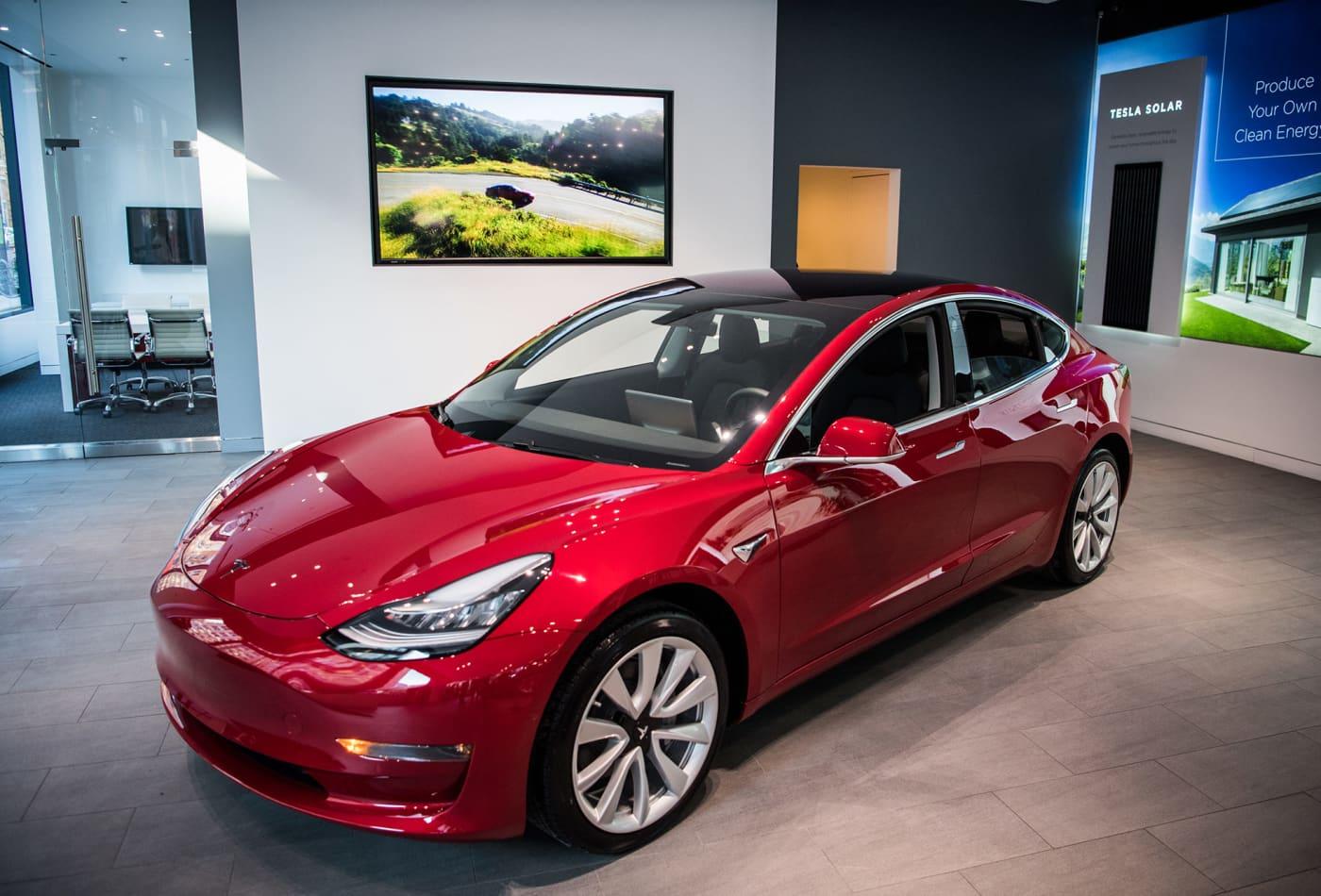 Tesla S Model 3 Was The Best Ing Luxury Car Of 2018