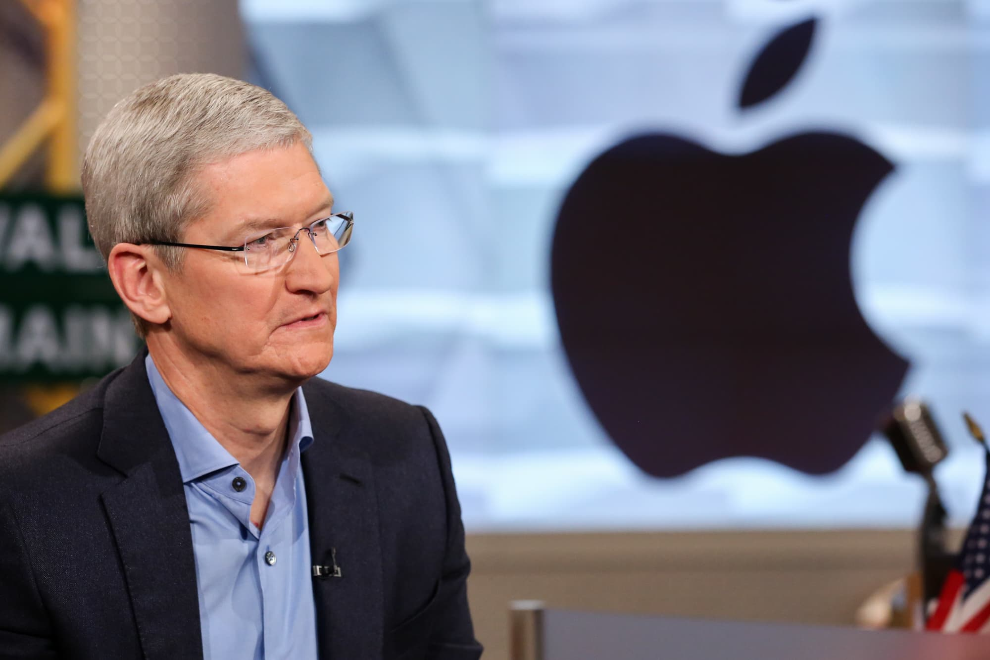 Sources: Apple signed on 200,000 subscribers to Apple News+ in its first 48 hours in March but has since struggled to add customers (Alex Sherman/CNBC)