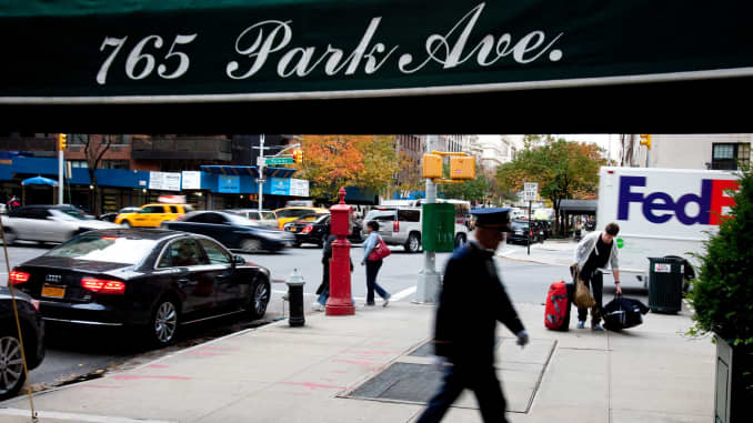 Manhattan real estate tops list of most expensive square