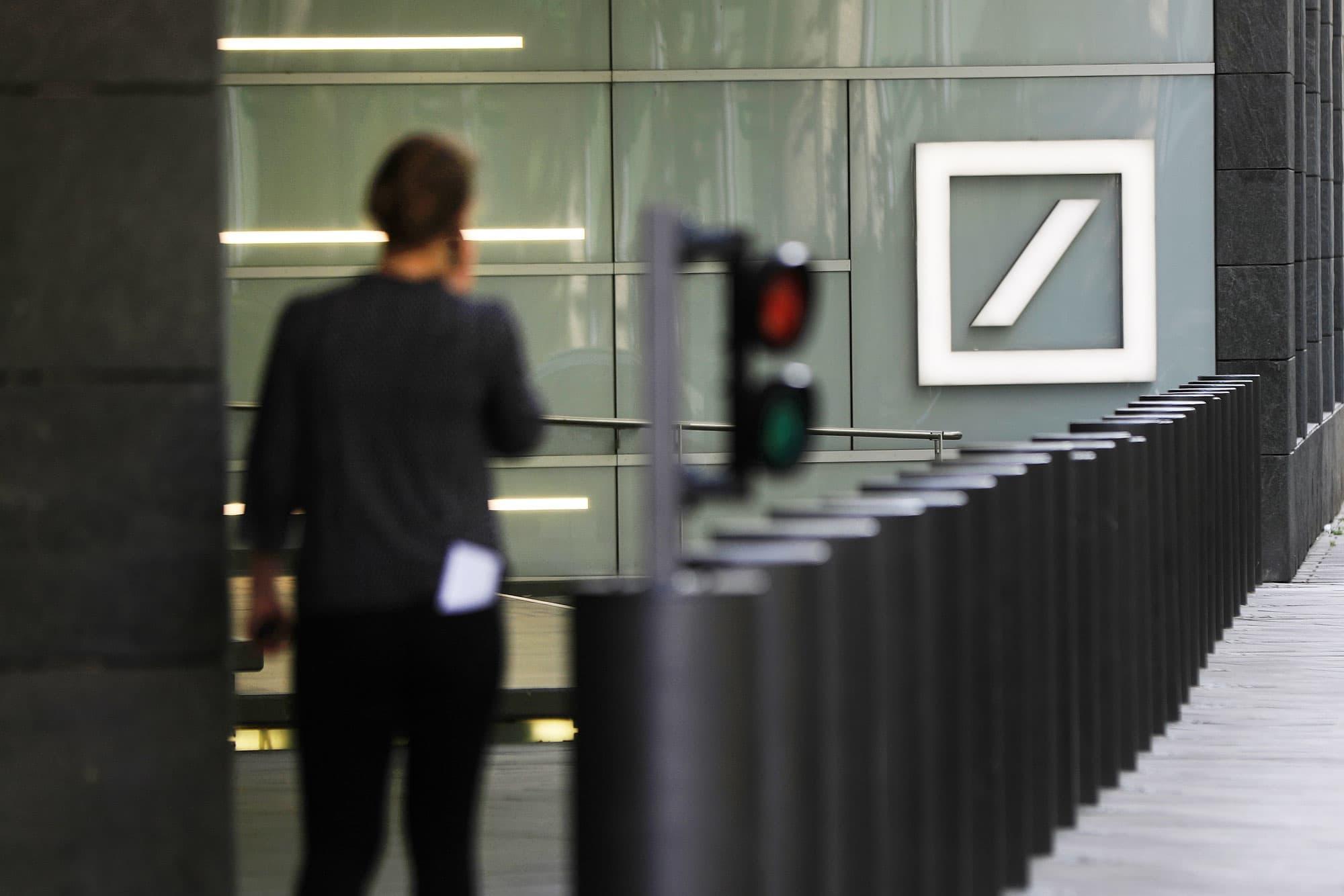Deutsche Bank to reportedly set up 50 billion euro bad bank; shares pop over 3%